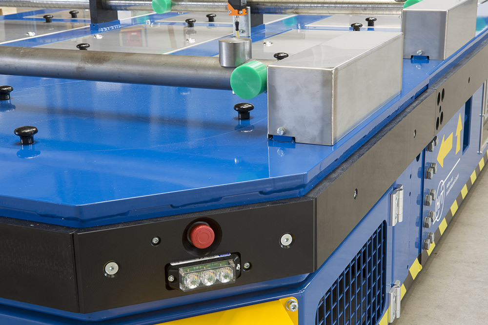 Detailaufnahme move-e-star für den Transport von Metallplatten